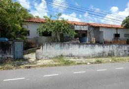 DESCASO EM JP: Abandono de imóveis prejudica moradores do Bairro dos Estados e dos Ipês