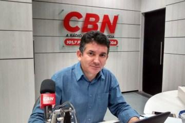 Dk0k3YNXoAM Amk - Suetoni Souto Maior está de aviso prévio e irá se desvincular da CBN Paraíba