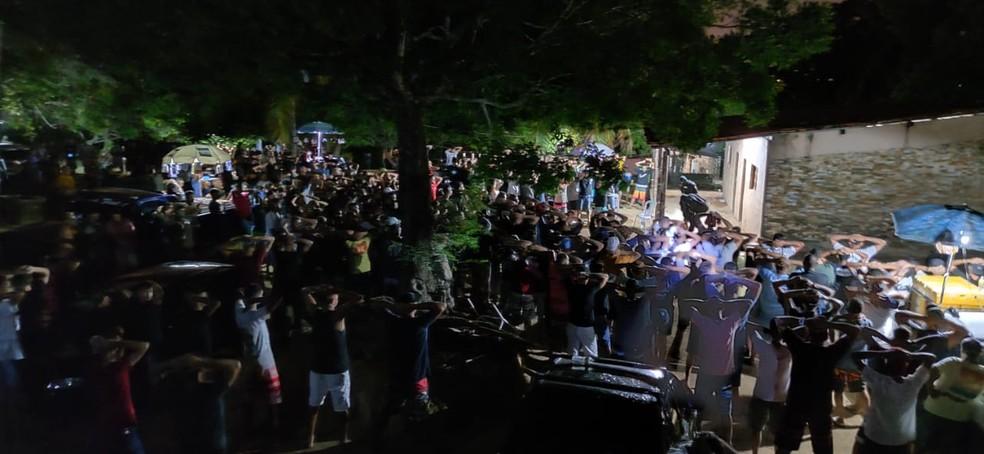 FESTA PM - PM encerra festa com mais de mil pessoas em João Pessoa