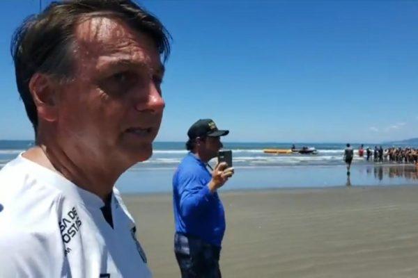 """Jair Bolsonaro Praia Grande 600x400 1 - """"Endividamento chegou ao limite"""", diz Bolsonaro sobre fim do auxílio emergencial"""