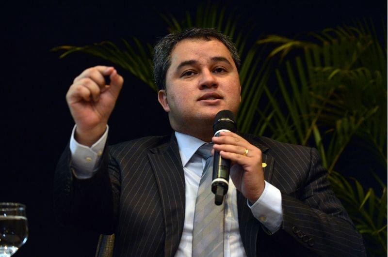 PRESE - Após Damião Feliciano, agora é Efraim Filho que endossa nome da Paraíba para comandar Câmara dos Deputados no próximo biênio