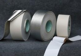 Professora tapa boca de criança com fita silver tape e causa revolta