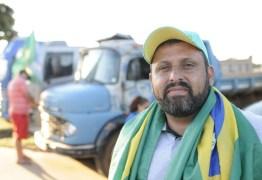 """Líder dos caminhoneiros diz que se arrepende de ter apoiado Jair Bolsonaro: """"Ele nos traiu"""""""