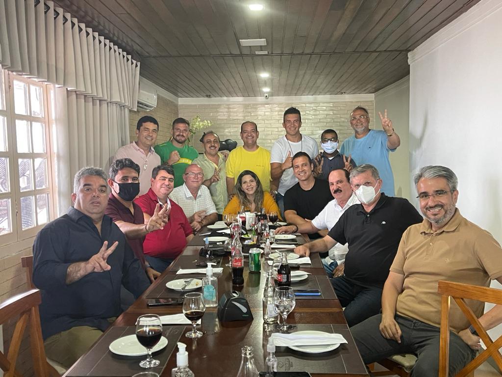 WhatsApp Image 2020 12 28 at 13.49.29 - ACORDO MANTIDO! 16 vereadores reafirmam apoio aos nomes de Dinho e Bruno Farias para 2 biênios