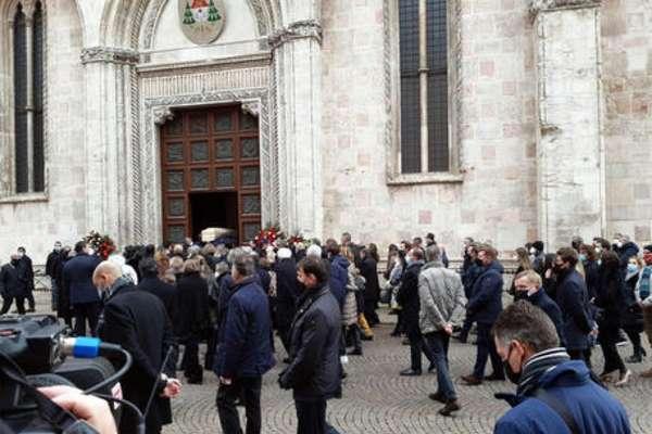 casa - Casa de Paolo Rossi é roubada durante funeral do ex-jogador