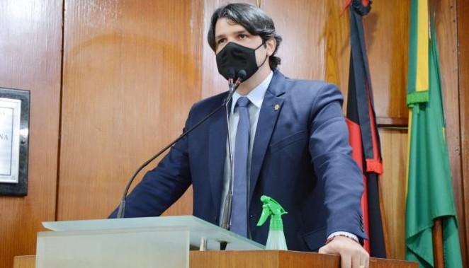 """leo - """"Sensação de dever cumprido"""": emocionado, Léo Bezerra se despede da CMJP"""