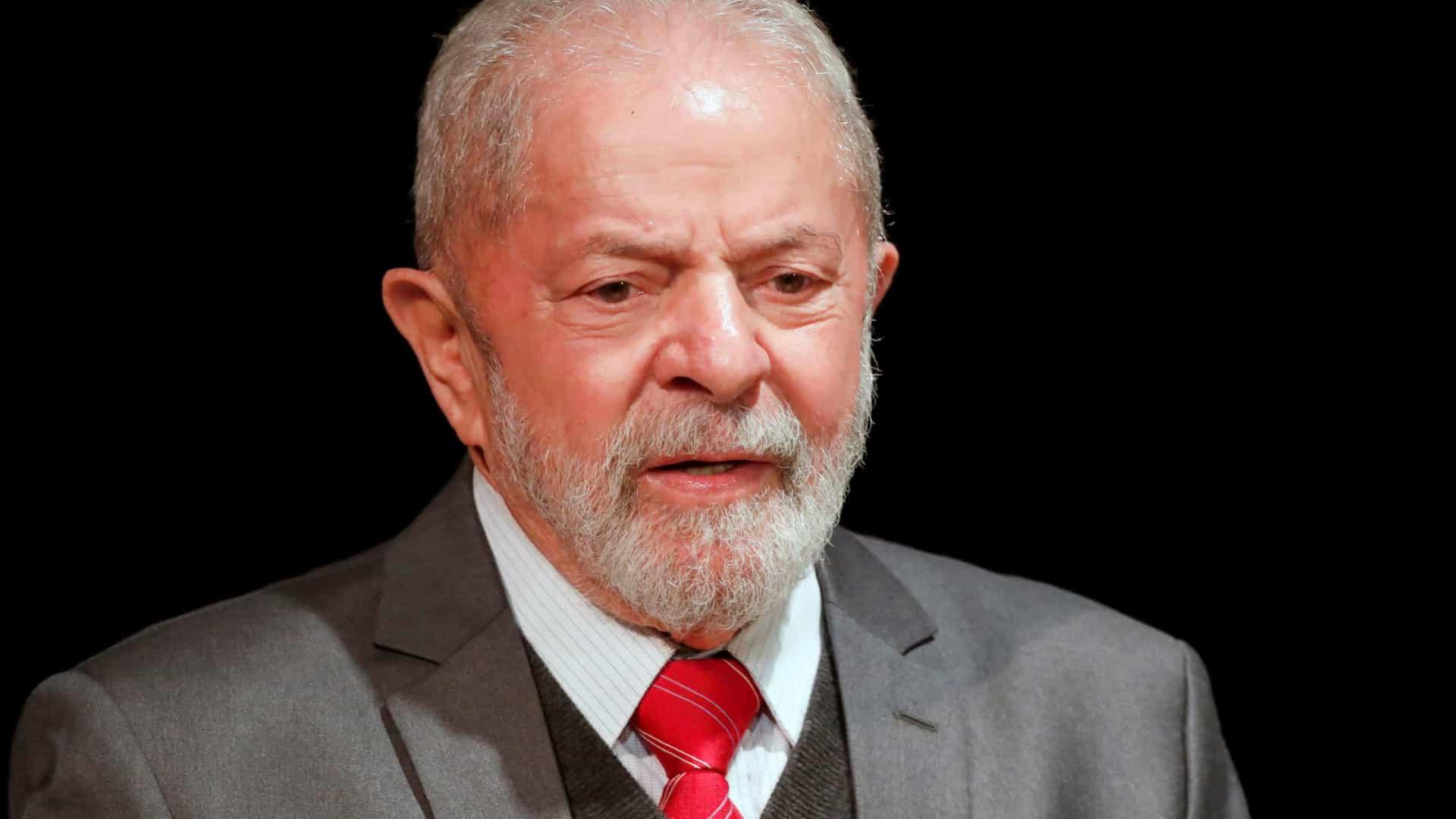 naom 5ec3a3d249846 - Documento da empresa de Moro prova que triplex era da OAS, não de Lula; confira
