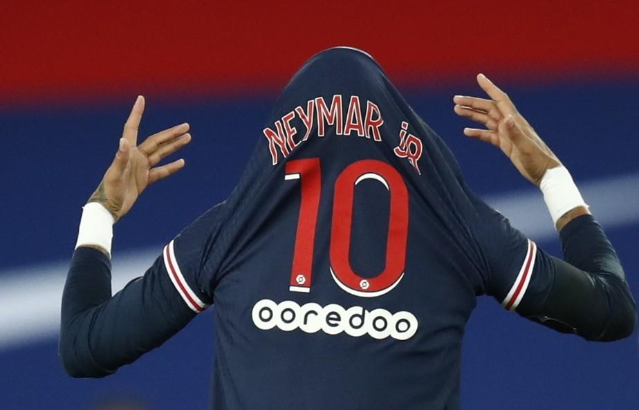 neymar 1 - O réveillon de Neymar e o negacionismo dos privilegiados - Por Douglas Ceconello