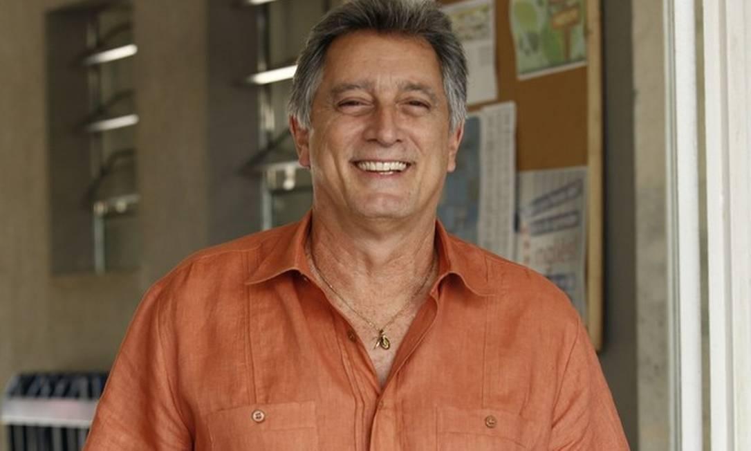 xEduardo GalvaoRaphael Dias TV Globo.jpg.pagespeed.ic .Dm9fmrw2iW - Retrospectiva 2020: relembre os famosos que morreram este ano