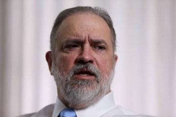 PGR diz que cabe ao Legislativo julgar 'eventuais ilícitos' da cúpula da República na pandemia