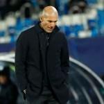 2020 11 20T230307Z 1 LYNXMPEGAJ1MV RTROPTP 4 SOCCER CHAMPIONS MAD INT REPORT - Em meio à crise no Real Madrid, Zidane testa positivo para covid-19
