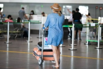 Aeroporto JK movimentacao coronavirus janeiro 2 600x400 1 - Itália suspende voos do Brasil devido à variante do novo coronavírus