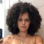Capturar 49 - NUDES: Cantora paraibana publica poema com foto fazendo topless