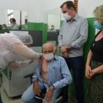 DSC 0455 - VACINAÇÃO CONTRA A COVID-19: médico Oscar Sobral é o primeiro vacinado em São José de Piranhas
