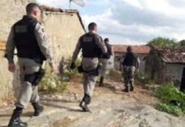 Corpo de homem é encontrado com sinais de violência, em Campina Grande