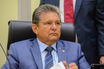 adriano galdino - 'O MOMENTO É DE AGIR E DE SER FIRME': Adriano Galdino defende medidas mais restritivas na Paraíba