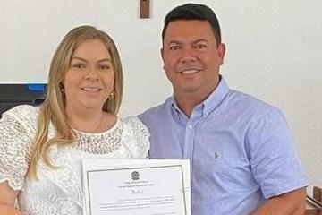 NEPOTISMO: prefeita de Cruz do Espírito Santo, Aliny Povão nomeia esposo, irmã e família do ex-prefeito para compor secretariado – VEJA A LISTA