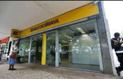 bb 1 - Bancários do Banco do Brasil na Paraíba paralisam atendimento ao público em protesto contra fechamento de agências
