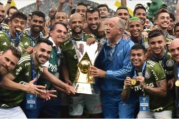Protocolo da Conmebol proíbe político entregando taça na final da Libertadores