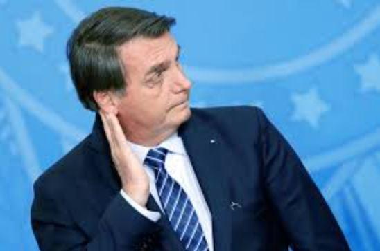 """bozzo - """"Faltou com a verdade"""": Bolsonaro afirma que Ford queria continuidade de benefícios fiscais no país"""