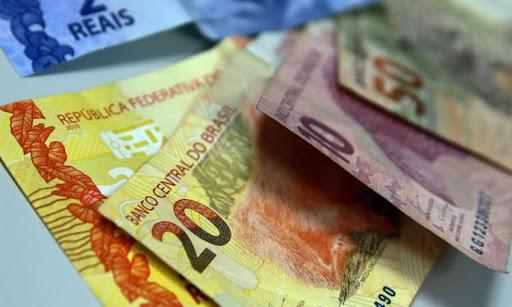 dinheiro - Pandemia e fim dos auxílios podem reverter retomada econômica