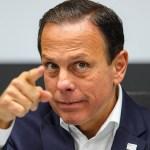 """doria - Carlos Bolsonaro atribui o aumento da inflação à Doria e o governador rebate: """"Vive de rachadinha"""""""