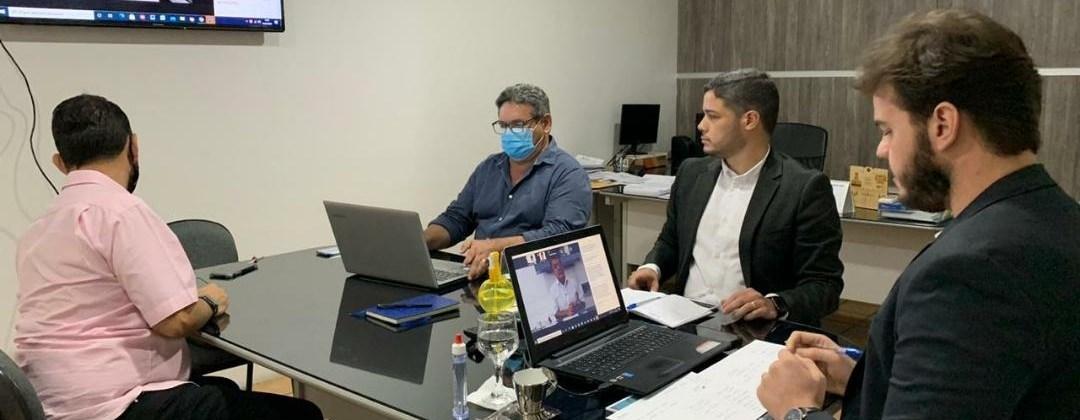 CAMPINENSES VACINADOS! Bruno Cunha Lima anuncia que vacinação já começa na quarta-feira
