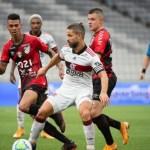 flamengo - BRIGA PELO TÍTULO: Flamengo perde, Internacional vence e se distancia na liderança