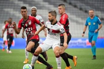 BRIGA PELO TÍTULO: Flamengo perde, Internacional vence e se distancia na liderança