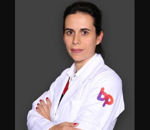 """medica - """"Nas UTIs não faltam doentes iludidos que tomaram cloroquina em casa"""", afirma médica e coordenadora de UTI da BP de São Paulo"""