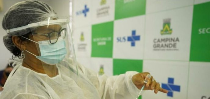 Secretaria de Saúde de CG divulga lista de vacinados contra Covid-19