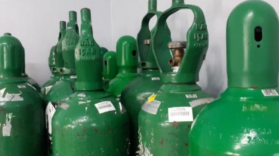 0m425in5tjtbroopavt5etac9 - AUXÍLIO NA CRISE: Venezuela envia novos cilindros de oxigênio para ajudar Amazonas e Roraima
