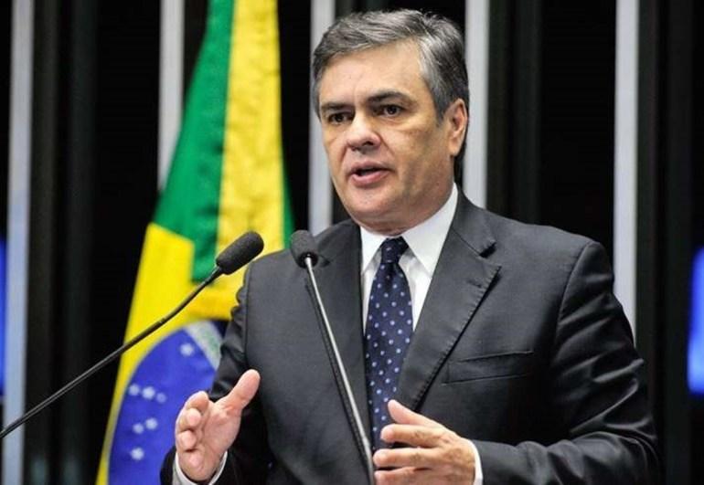 """Cássio Cunha Lima 1 1 - Cássio Cunha Lima relembra campanha vitoriosa ao Senado em 2010 e deixa possível candidatura no ar: """"Voltar? Não sei"""""""