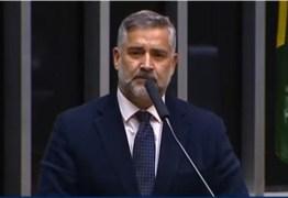 Em discurso, deputado Paulo Pimenta afirma que figuras como Daniel Silveira só cresceram por causa de golpe contra Dilma e prisão de Lula – VEJA VÍDEO