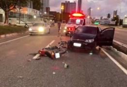 Homem morre em acidente envolvendo carro e moto na BR-230, em João Pessoa