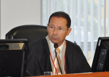 Des Leandro Santos 26 02 13  2 - Desembargador Leandro dos Santos mantém ato que proíbe a realização de cerimônias religiosas