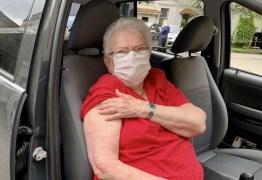 Ex-prefeita, Luiza Erundina é vacinada contra a Covid em São Paulo