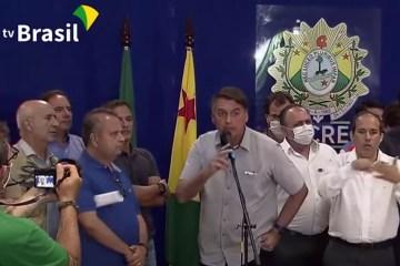 Untitled 5 12 1 - ESCAPULINDO! 'Acabou a entrevista', diz Bolsonaro ao ser questionado sobre decisão pró-Flávio no STJ - VEJA VÍDEO