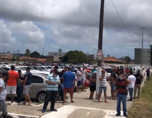 WhatsApp Image 2021 02 01 at 12.01.50 - Motoboys realizam protesto no Centro de João Pessoa; motoristas por aplicativo também param as atividades - VEJA IMAGENS