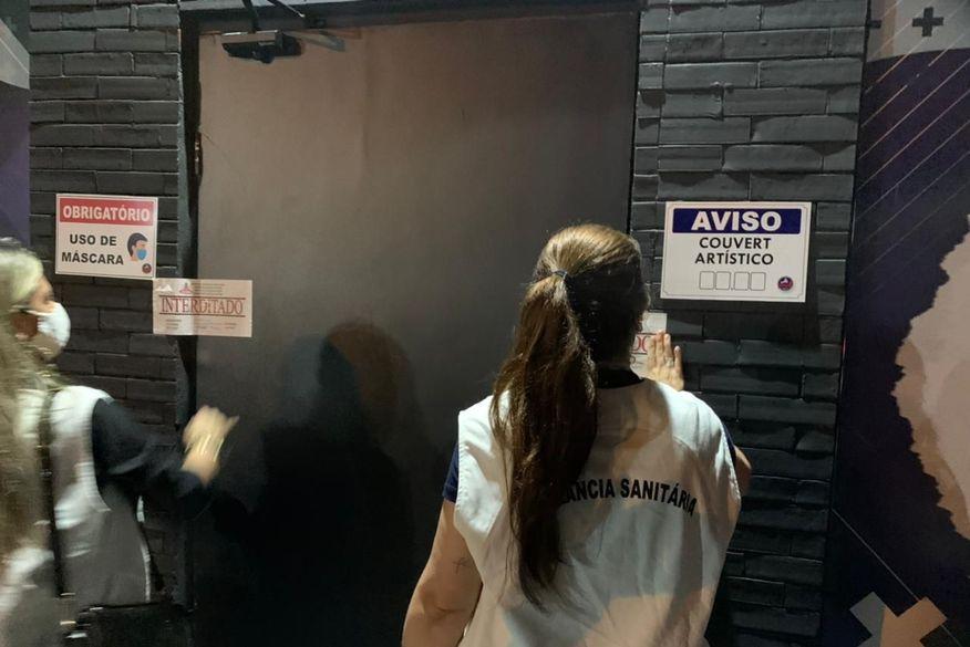 bares interditados em jp - FISCALIZAÇÃO: Três bares são interditados por descumprimento de decreto em João Pessoa