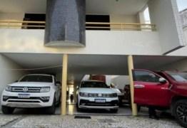 OPERAÇÃO CALVÁRIO: armas e carros de luxo são apreendidos durante buscas