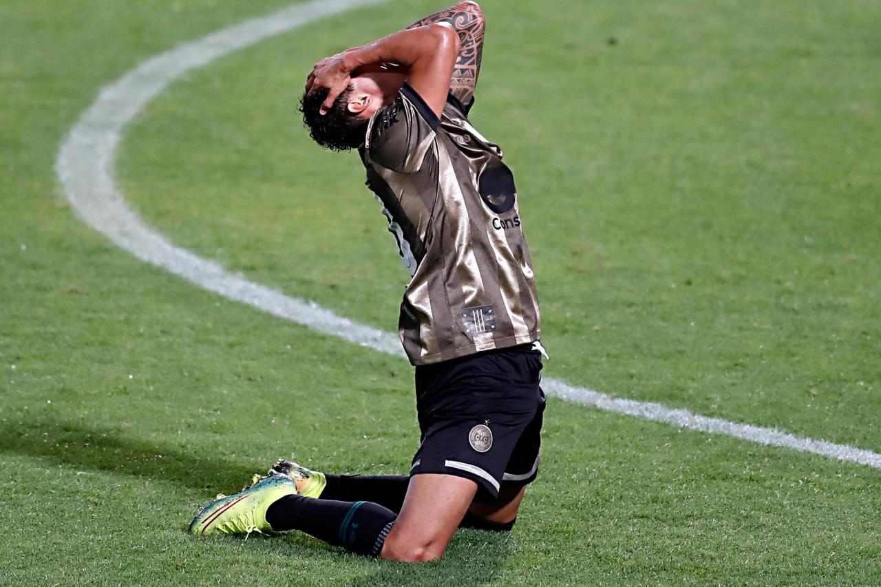 coritiba rebaixado - Coritiba perde para Santos por 2x0 e está matematicamente rebaixado para a Série B 2021