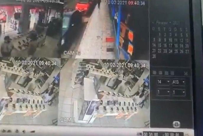 csm WhatsApp Image 2021 02 10 at 13.45.18 fa3615bbdf - ASSALTO EM JP: Bandidos levam 30 celulares em loja na Epitácio Pessoa