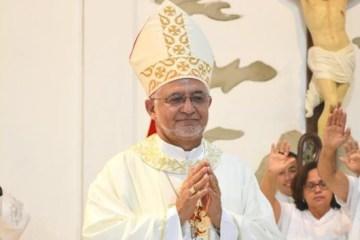 'Vamos analisar a situação nos próximos dias', diz Dom Delson sobre suspensão de missas na PB