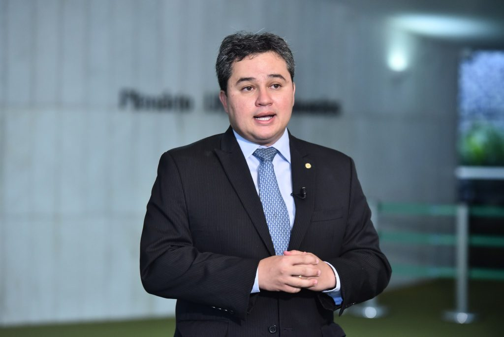 efraim filho 1024x684 1 - Pautas de Bolsonaro, Efraim Filho diz apoiar implantação do voto impresso e do 'distritão' nas eleições 2022