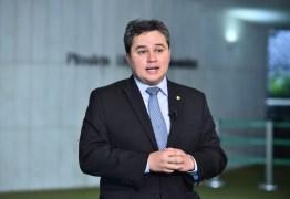 Pautas de Bolsonaro, Efraim Filho diz apoiar implantação do voto impresso e do 'distritão' nas eleições 2022