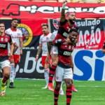 fla 2 - Confirmando 'nova era de títulos' Flamengo encara São Paulo