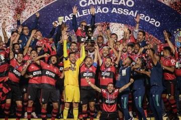 COFRE CHEIO: Flamengo garante premiação milionária com título do Brasileirão