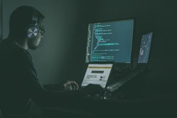 R$ 100 MIL REAIS: Hackers montam grupos no WhatsApp para tentar fraudar Pix – VEJA VÍDEO