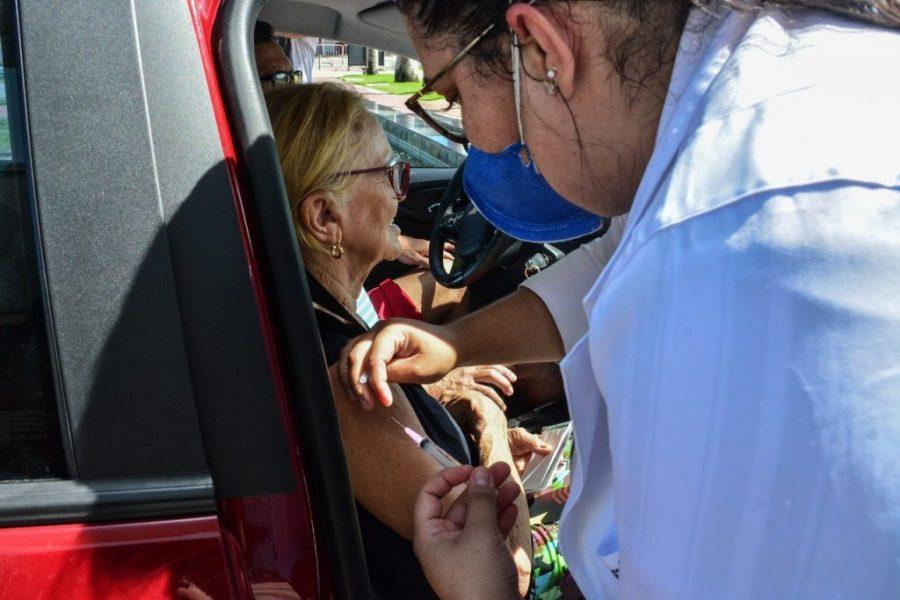 idosos vacinação joão pessoa e1585175848864 - CMJP aprova Projeto de Lei que estipula multa aos 'fura-filas' da vacinação contra covid-19; valor chega a R$ 7,8 mil